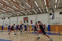 Královští sokoli Hradec Králové - Basket Brno.