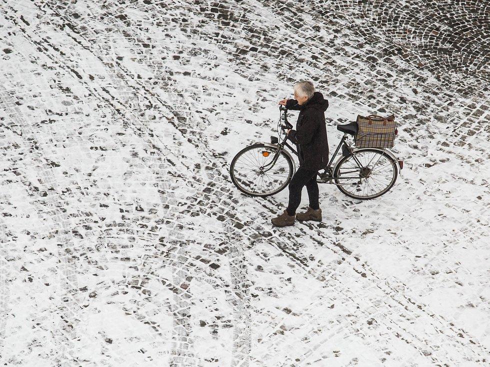 První sníh na Královéhradecku.