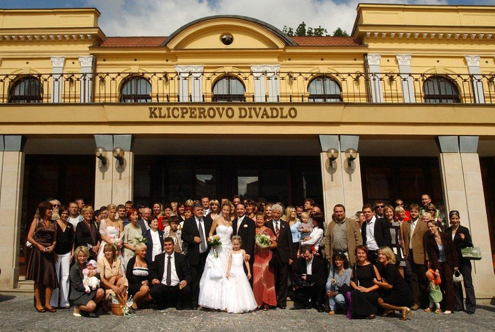 Svatba v Klicperově divadle