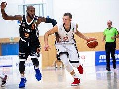 Kooperativa NBL: Královští sokoli - ČEZ Basketball Nymburk.