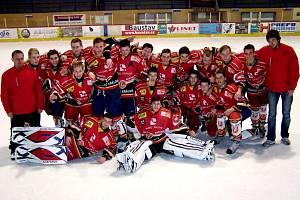 Hokejoví starší dorostenci Hradce Králové vyhráli turnaj ve Slaném.