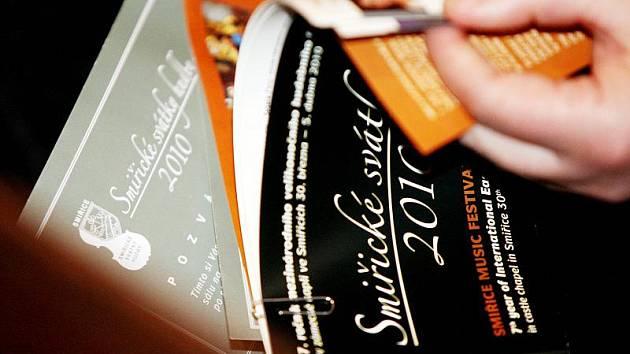 Smiřické svátky hudby 2010: Zahajovací koncert pro housle, trubku a orchestr od Georga Philippa Telemanna v zámecké Kaple Zjevení Páně ve Smiřicích.