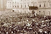 29. ŘÍJNA 1918 bylo svoláno v jedenáct hodin dopoledne na Velké náměstí shromáždění všeho lidu.