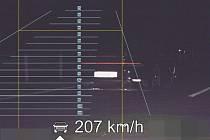 Řidiči z Prahy naměřili policisté rychlost 207 km/h.