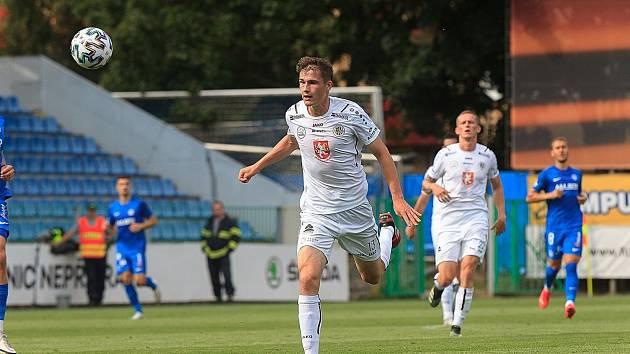 TALENT. Hradecký fotbalista Denis Donát má svoji kariéru slibně rozjetou.