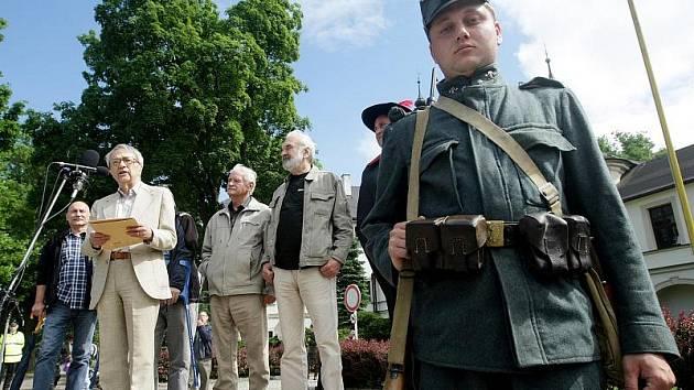 V Letohradě byla otevřena Mistrova světnička za účasti členů Divadla Járy Cimrmana.