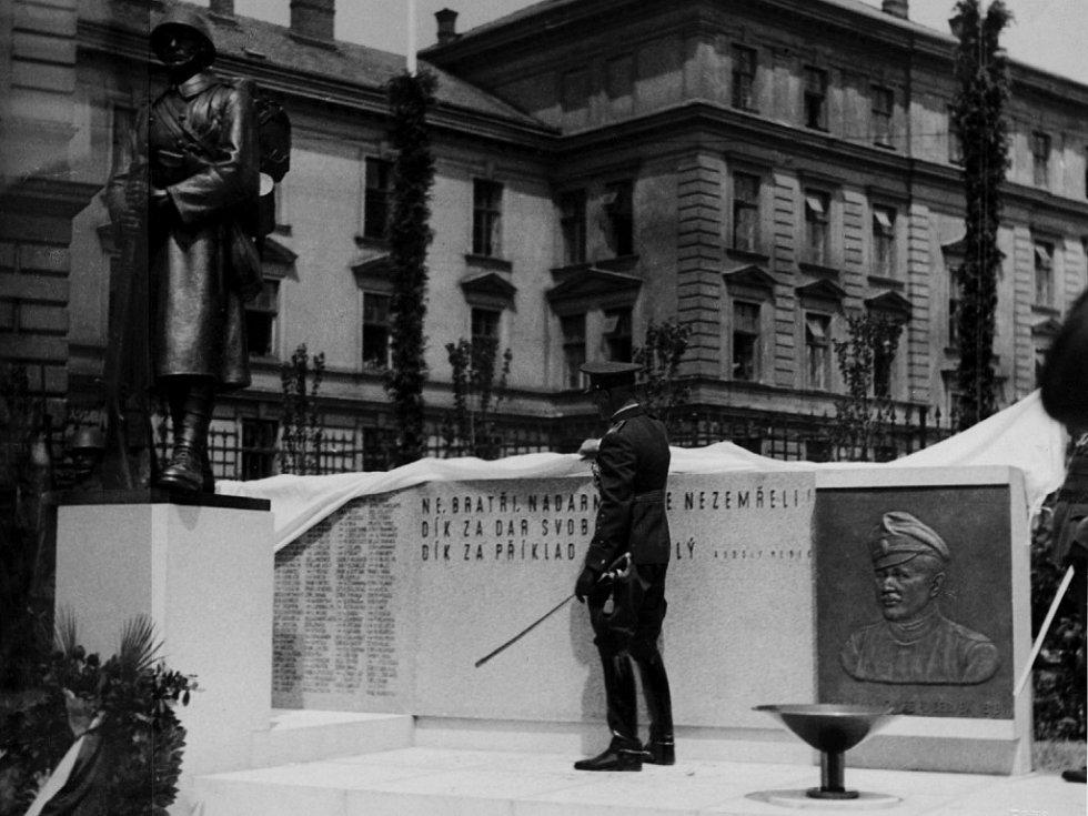 Pomník padlých 4. pěšího pluku.