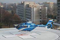 Měření hluku způsobeného provozem heliportu v nemocnici.