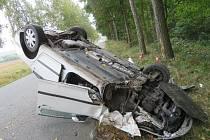 Policisté odhadli škodu na havarovaném vozidle na 80 tisíc korun.