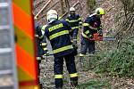 Vichřice se prohnala krajem. Popadané stromy na Královéhradecku.