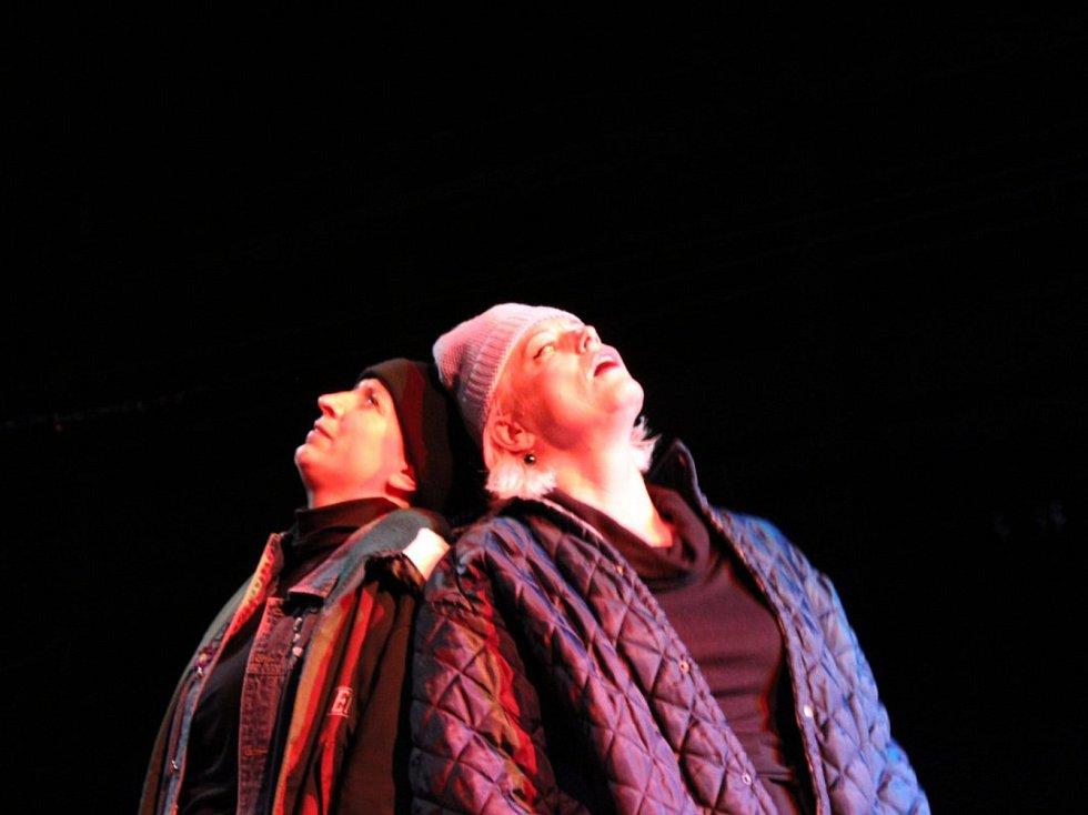 V neděli se na divadelním festivalu předávala Cena Marka Ravenhilla.