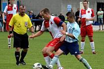 Krajský přebor ve fotbale: FK Chlumec nad Cidlinou - FC Slavia Hradec Králové.