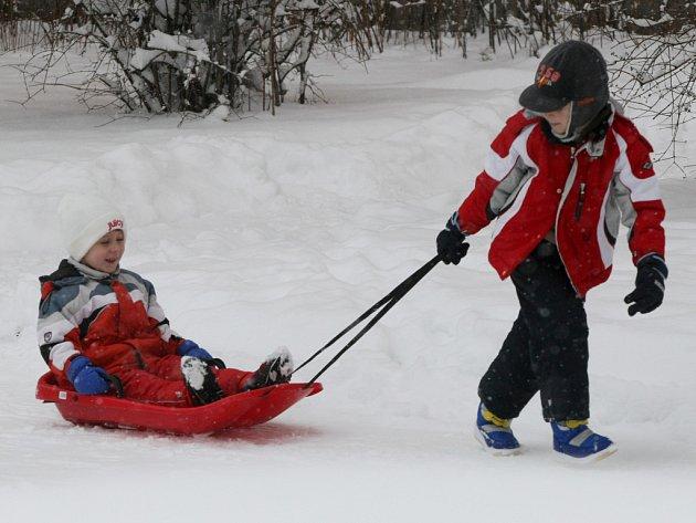 První větší sníh v roce 2009 v Hradci Králové