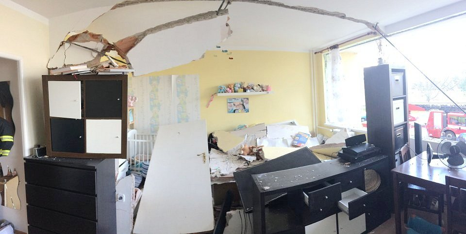 Výbuch plynu v bytě na hradeckém Smetanově nábřeží.