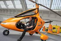 Přehlídka vrtulníků European Helicopter Show na letišti v Hradci Králové.