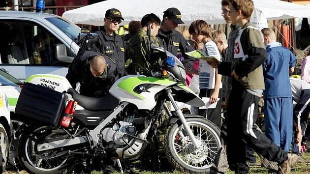 Sportovní den s Městskou policií se konal 30. září 2010 na Biřičce.