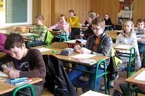 Okresní kolo matematické soutěže Pythagoriáda v hradecké ZŠ Milady Horákové.