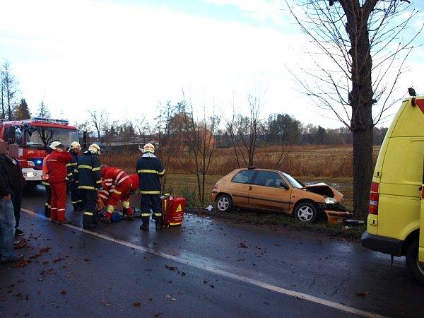 Havárie automobilu Peugeot vNechanicích.