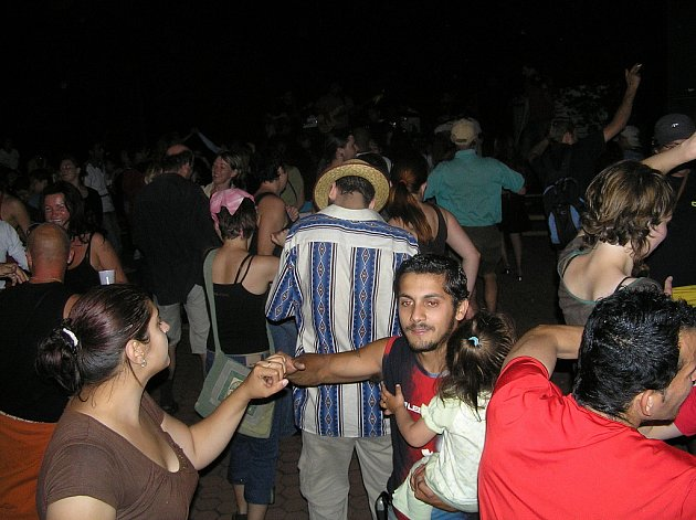 Festival romské hudby.