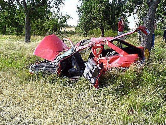 Při nehodě u Velichovek zemřel člověk