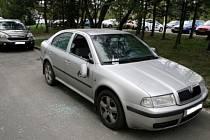 Poškozený automobil Škoda Octavia.