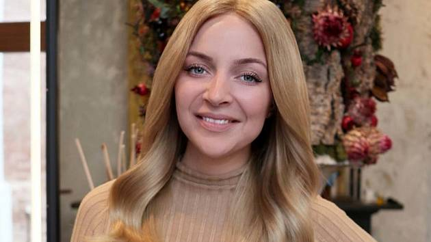 Jenou z žen, kterým nadace pomohla darováním paruky, je i zpěvačka Markéta Konvičková.