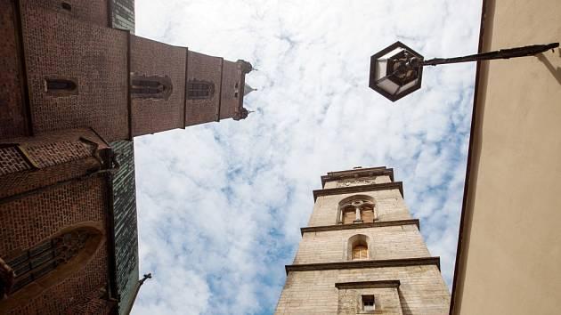 Bílá věž v Hradci Králové. Ilustrační fotografie.