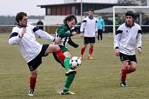 Krajská fotbalová I. A třída: FC Nový Hradec Králové - FK Vysoká nad Labem.