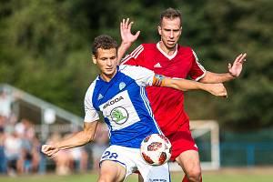 Duel fotbalového poháru Převýšov vs. Mladá Boleslav (1:2).