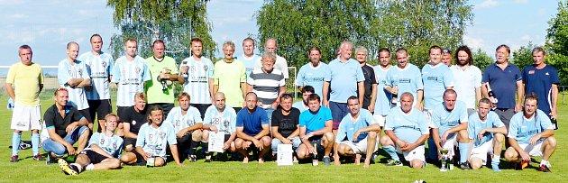Neopakovatelnou atmosféru mělo setkání starších pánů při tradičním fotbalovém turnaji vSyrovátce.