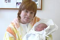 DOMINIK PROCHÁZKA: Rodiče Michaela a Vlastimil Procházkovi z Týniště nad Orlicí mají radost z narození prvorozeného syna Dominika. Narodil se 27. ledna v 9.25 hodin, vážil 2,74 kilogramů a měřil 47 centimetrů.
