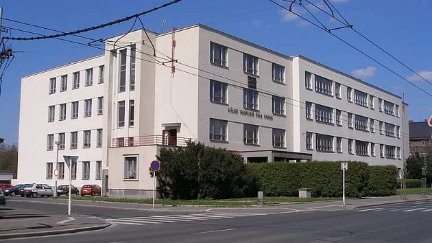 Budova SPŠ Střední školy stavební Hradec Králové