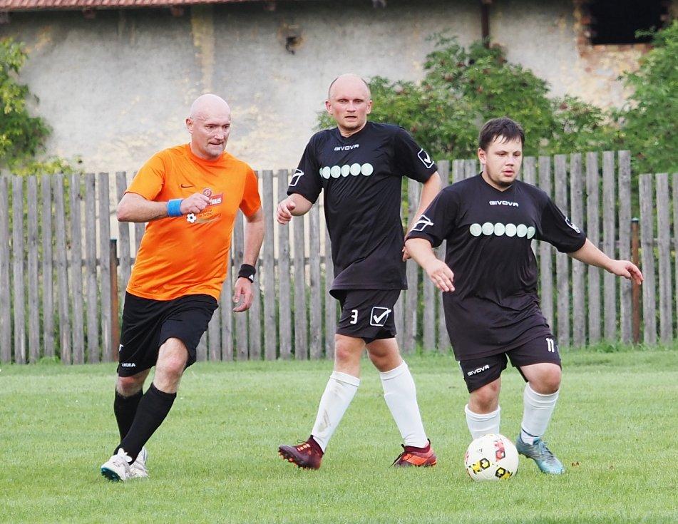 AM GNOL 4. třída A: SK Jeníkovice (oranžoví) - Sokol Lhota pod Libčany B.