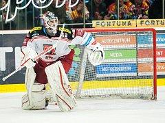 Semifinále Generali play off hokejové extraligy: Mountfield HK - HC Kometa Brno.