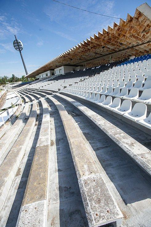 Fotbalový stadion v Hradci Králové - Malšovících.