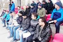 Účastníci semináře na tribuně FC Slavia Hradec Králové.
