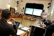 Novým hradeckým radním po Borisi Hermanovi, který rezignoval, byla zastupitelka za ODS Lenka Zídková. Do funkce byla zvolena v úterý 23. února 2010.