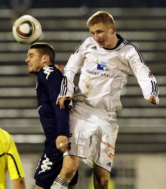 Fotbal, 1. liga: FC Hradec Králové - 1. FC Slovácko. (Neděle 21. listopadu 2010)