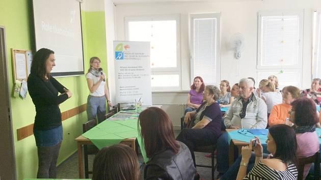 Hradecké centrum pro osoby se sluchovým postižením o.p.s. chce dopřát svým zaměstnancům další vzdělávání a progres voboru.