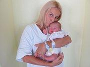 ŠIMON VYLEŤAL  poprvé otevřel oči 8. září ve 21.04 hodin. Měřil 52 centimetrů a vážil 3770 gramů. Radost z něj mají maminka Monika Stránská, tatínek Marek Vyleťal a bratr Marek z Nového Bydžova.