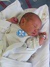 KAMILA KULHÁNKOVÁ se narodila 21. srpna v 8.12 hodin. Měřila 51 cm a vážila 3540 g. Radost udělala rodičům Evě a Kamilu Kulhánkovým z Dohalic. Doma se těší bráškové Radim a Ondřej.