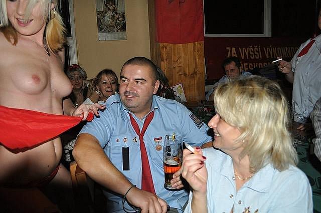 Oslavy VŘSR v Hospodě Pod Strání (sobota 6. listopadu 2010).