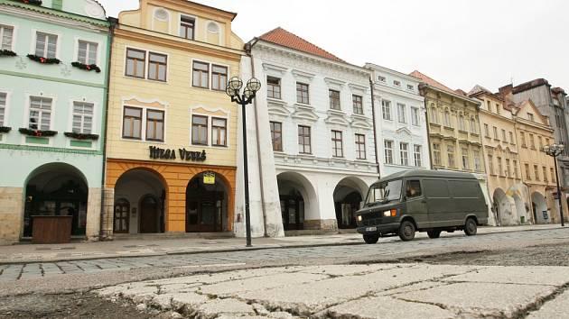 Velké náměstí v historickém centru Hradce Králové. Ilustrační fotografie.
