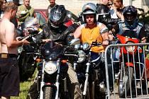 Motorkáři na srazu