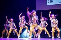 Úspěšná taneční formace hradecké skupiny T-BASS.