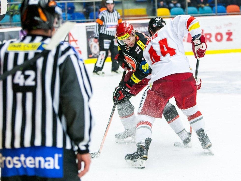 Tipsport extraliga ledního hokeje: Mountfield HK - HC Olomouc.