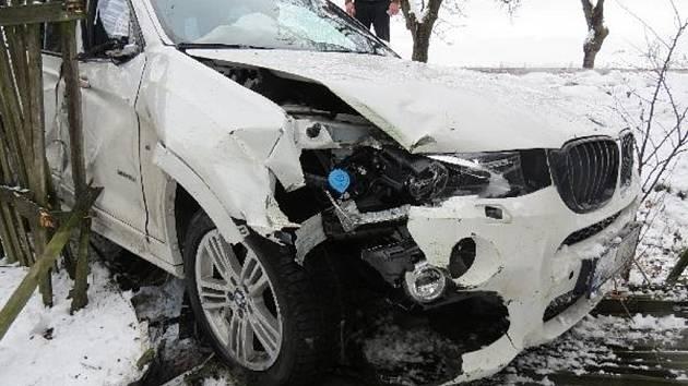 Havárie osobního automobilu v Boru.