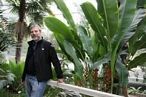 Jiří Pirner, vedoucí botanické zahrady při Farmaceutické fakultě v Hradci Králové.
