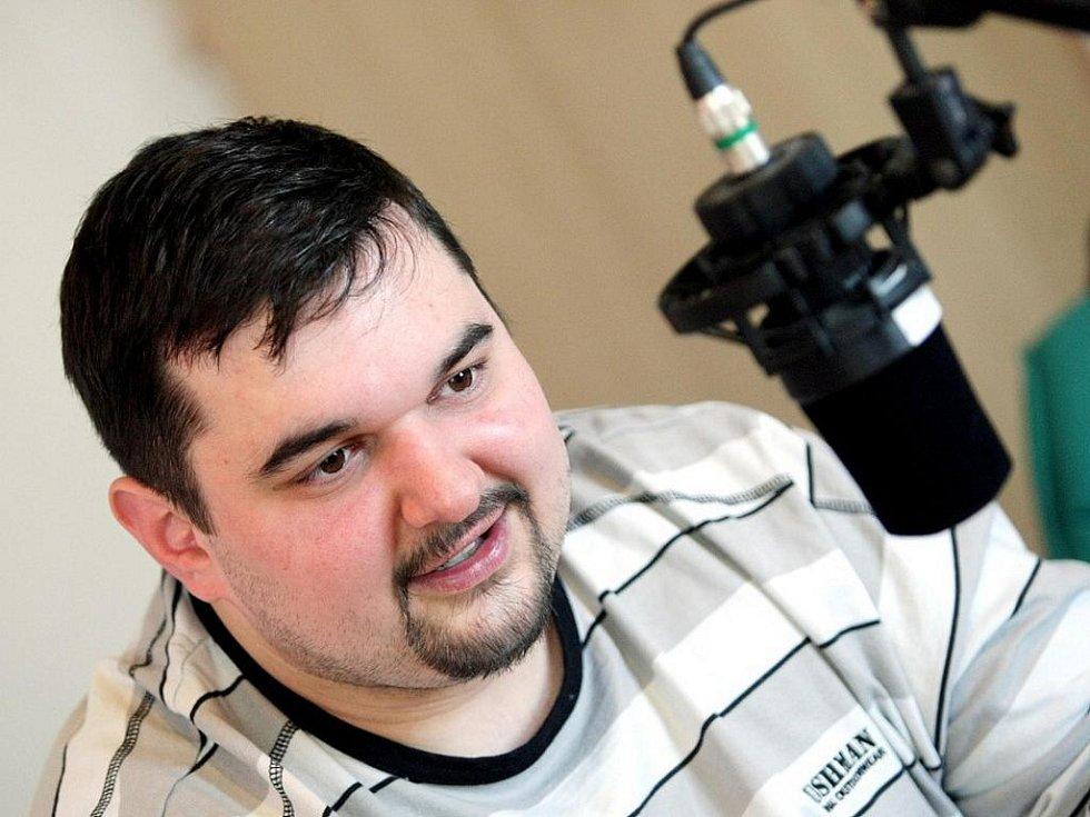 Tomáš Magnusek hostem ve studiu Českého rozhlasu Hradec Králové.