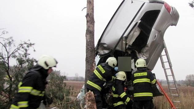 Vážná havárie osobního automobilu.
